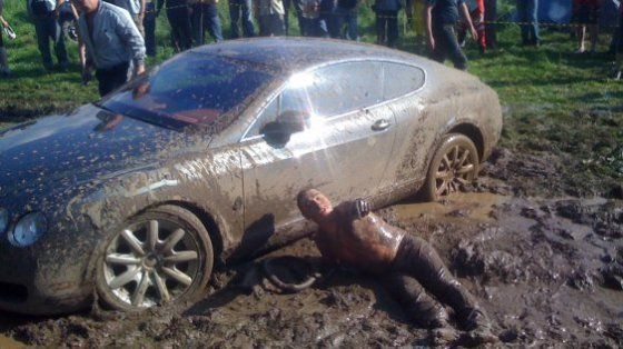 Russia-Bentley-Continental-GT-Mud-18